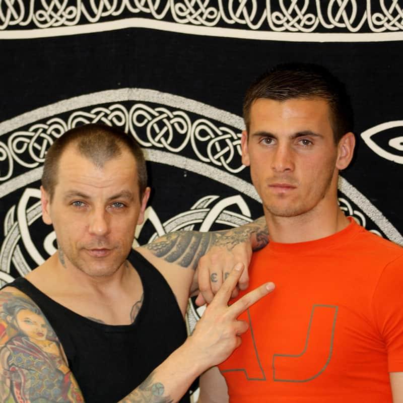 Sulejman Krpic und Eddy vom Tattoostudio